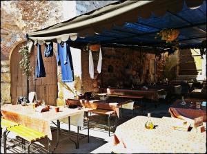 Taverne