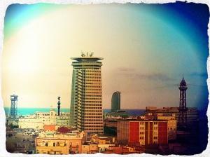 Vue de la terrasse 360º de l'hôtel Barceló Raval.