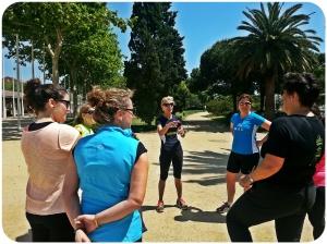 Entrainement de Dones Runners. En train d'écouter les très bons conseils de notre super coach Maria Luisa.